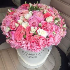 Преимущества цветочных композиций